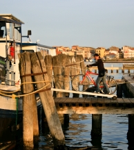 bike and boat italy vita pugna barge venice to mantua